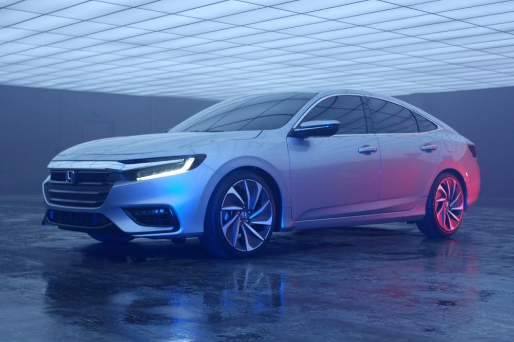 Honda-Insight-2017-1_W1200