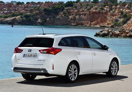 toyota auris break hybride les prix les versions