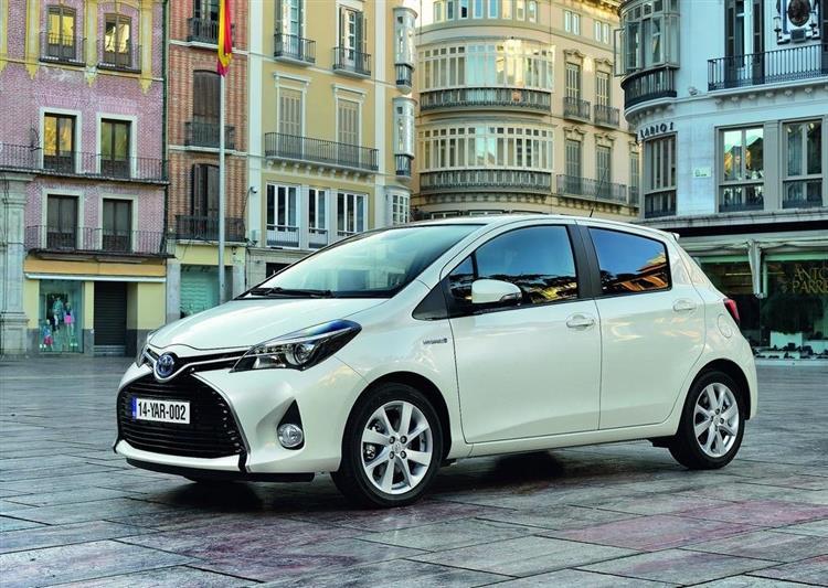 voiture hybride : la fin du bonus va-t-elle tuer le marché en france ?