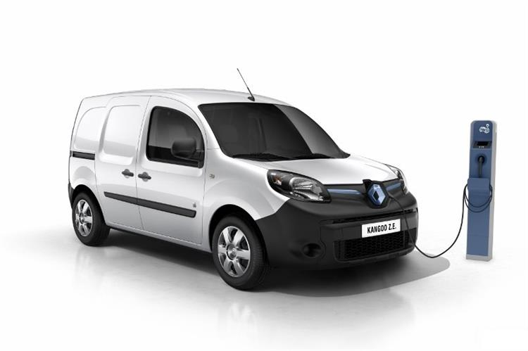 renault kangoo z e comment le recharger. Black Bedroom Furniture Sets. Home Design Ideas