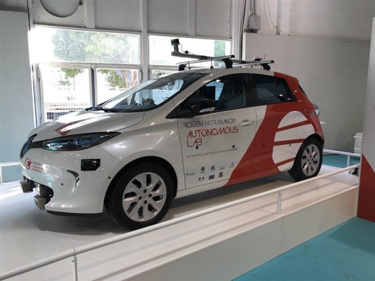 a rouen des voitures autonomes int greront le service de transport en 2018. Black Bedroom Furniture Sets. Home Design Ideas