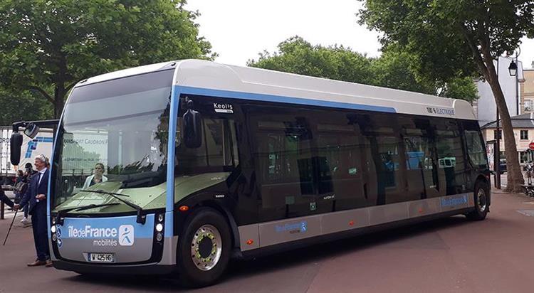 yvelines la ligne 23 du r seau ph bus accueillera un bus lectrique. Black Bedroom Furniture Sets. Home Design Ideas