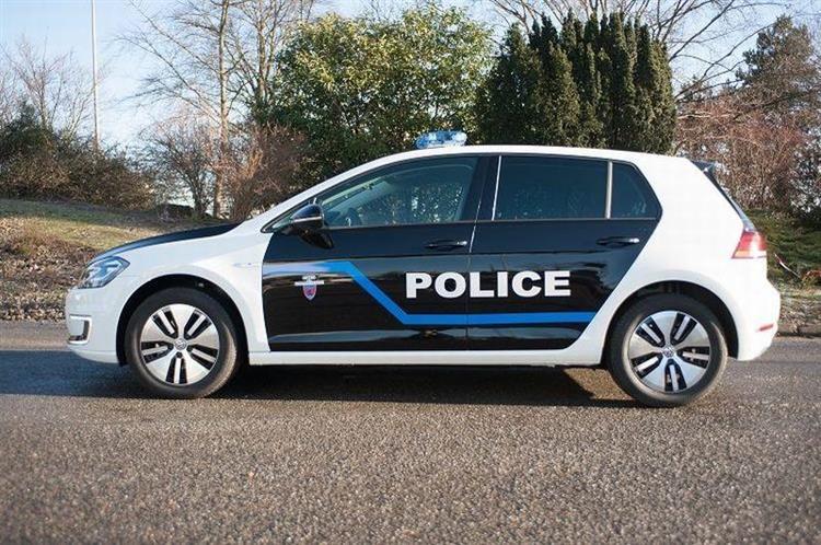 Volkswagen e golf paris le curieux choix de la for Garage volkswagen paris 13
