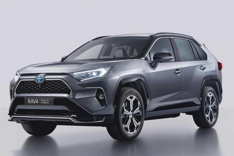 Commercialisée en France à l'été 2020, la variante hybride rechargeable du Toyota RAV4 offrira une autonomie WLTP de 65 km