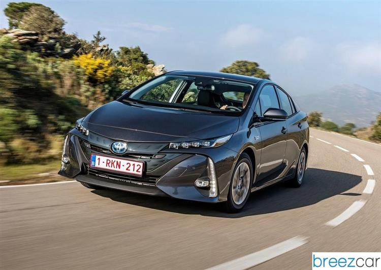 Toyota Prius Plug-in Hybrid - Véhicules electrique et hybride