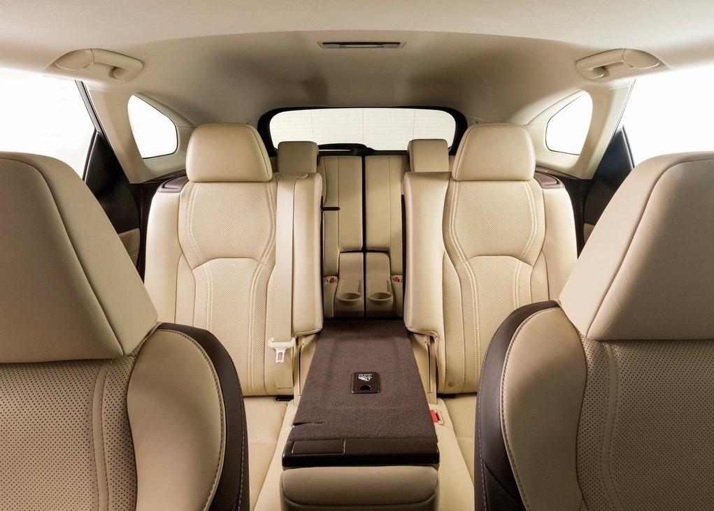 lexus rx 450hl 7 places mais toujours hybride. Black Bedroom Furniture Sets. Home Design Ideas
