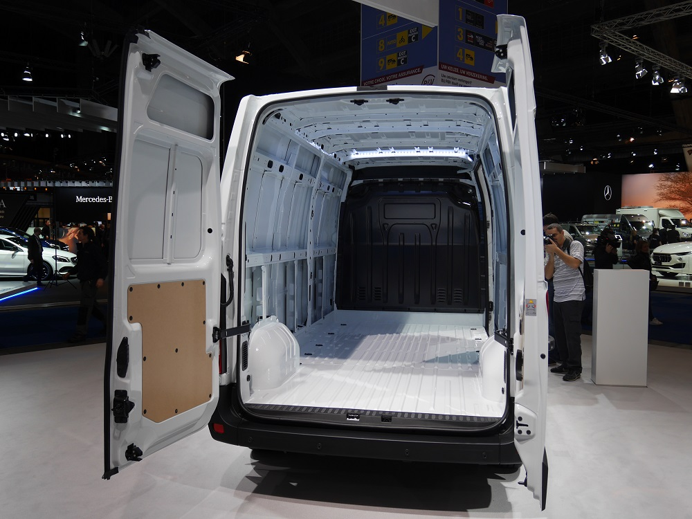 renault master z e autonomie mini mais grandes promesses. Black Bedroom Furniture Sets. Home Design Ideas