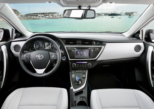 toyota auris touring sports hsd essai complet du break hybride. Black Bedroom Furniture Sets. Home Design Ideas
