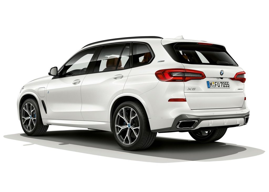 bmw x5 l hybride rechargeable abandonne le 4 cylindres photos. Black Bedroom Furniture Sets. Home Design Ideas
