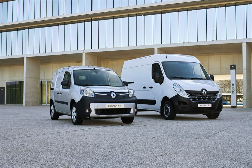 renault kangoo et master z e leur batterie co te 7 400 euros. Black Bedroom Furniture Sets. Home Design Ideas