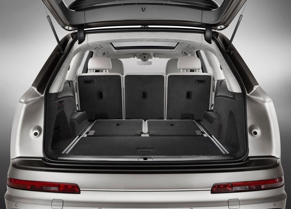 essai audi q7 e tron le choix de l hybride diesel en europe photos. Black Bedroom Furniture Sets. Home Design Ideas