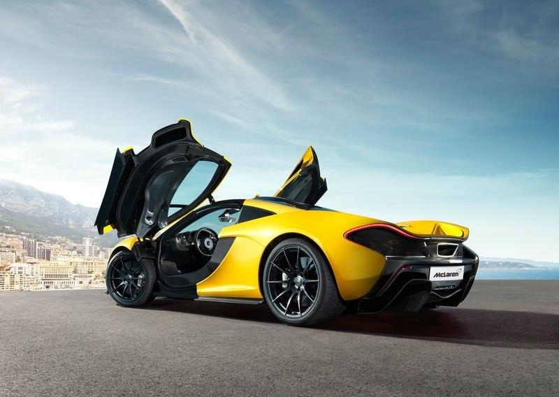 mclaren p1 la supercar hybride qui atteint les 394 km h vid o. Black Bedroom Furniture Sets. Home Design Ideas
