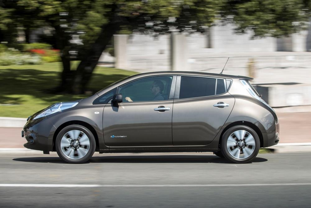 essai nissan leaf 30 kwh une sportive qui s 39 ignore. Black Bedroom Furniture Sets. Home Design Ideas