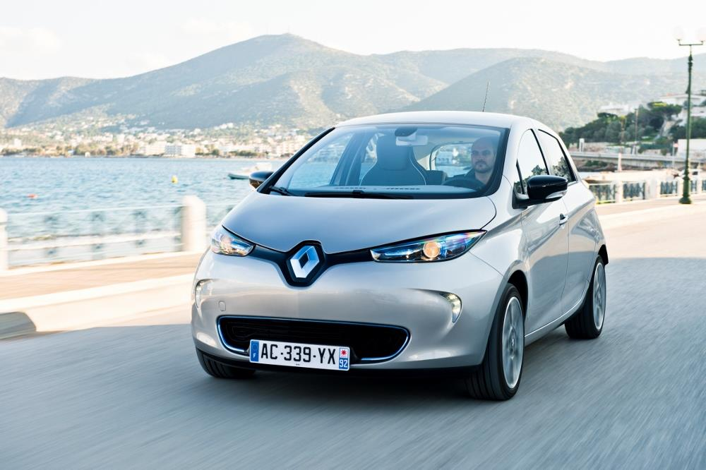 renault zoe le vrai co t l 39 usage comparatif. Black Bedroom Furniture Sets. Home Design Ideas