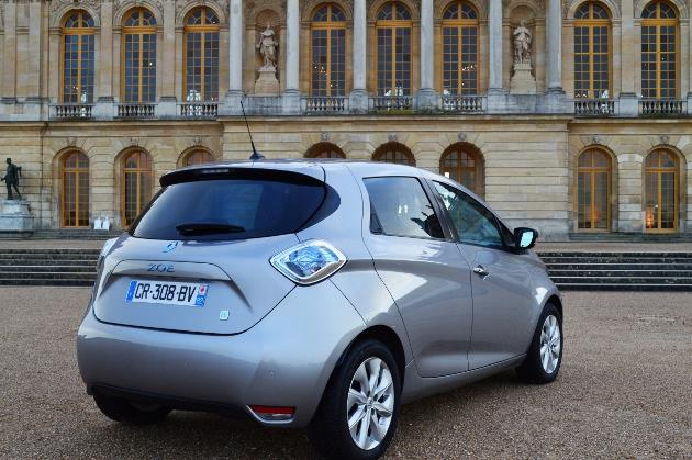 renault zoe vendue avec sa batterie au royaume uni. Black Bedroom Furniture Sets. Home Design Ideas