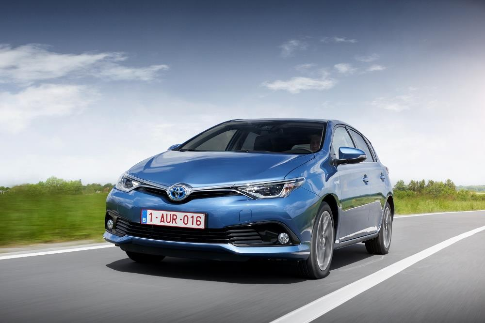 essai toyota auris l hybride comp titif face au diesel photos. Black Bedroom Furniture Sets. Home Design Ideas