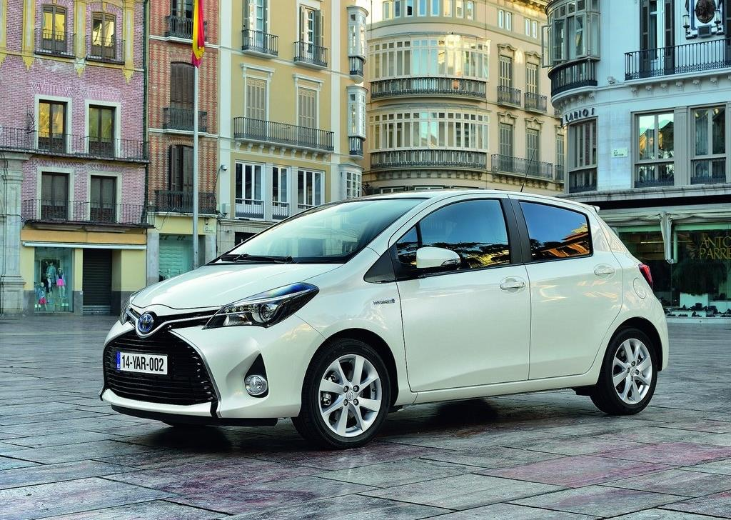 toyota yaris hybrid moins ch re l usage que le diesel tude. Black Bedroom Furniture Sets. Home Design Ideas