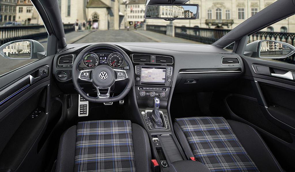 volkswagen golf gte prix quipements et consommations. Black Bedroom Furniture Sets. Home Design Ideas