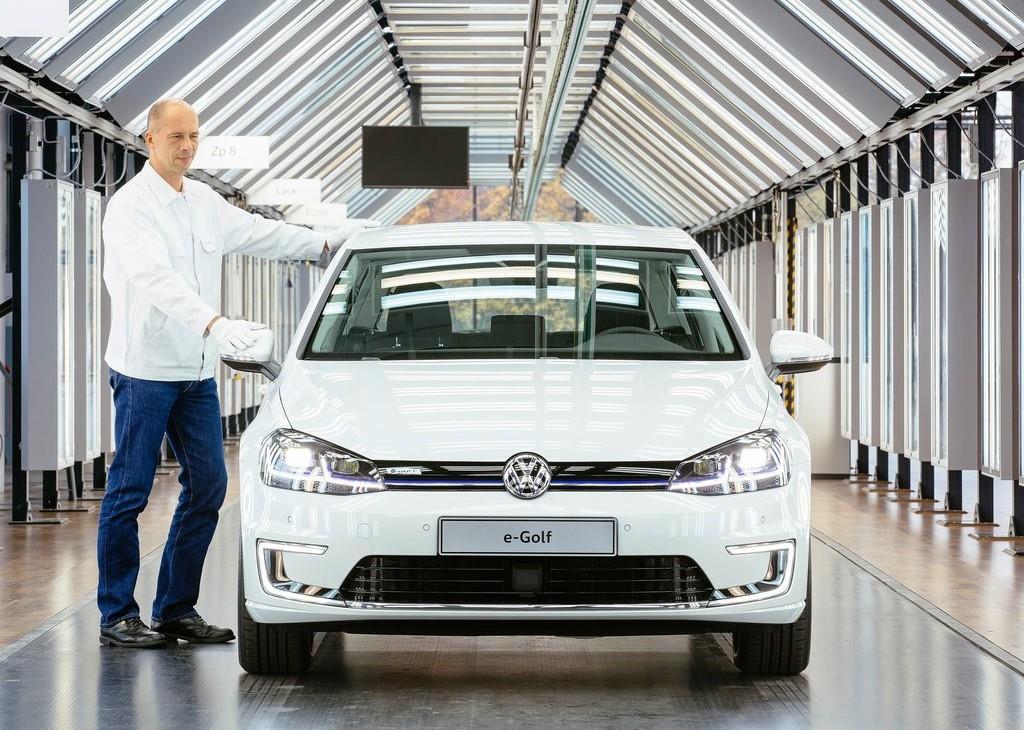 volkswagen e golf une nouvelle autonomie de 300 km toute th orique. Black Bedroom Furniture Sets. Home Design Ideas