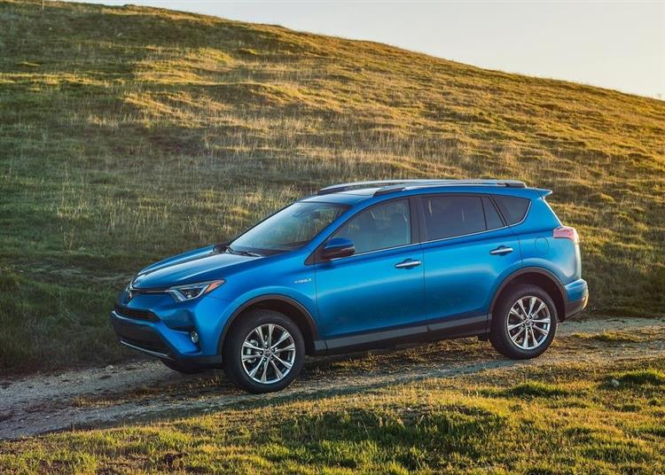 toyota rav4 hybrid une s rie limit e pour francfort. Black Bedroom Furniture Sets. Home Design Ideas