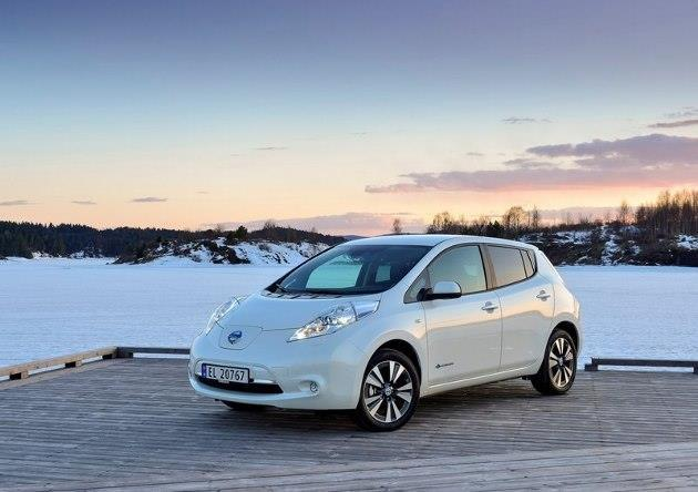 nissan leaf des prix en baisse de 1000 euros. Black Bedroom Furniture Sets. Home Design Ideas