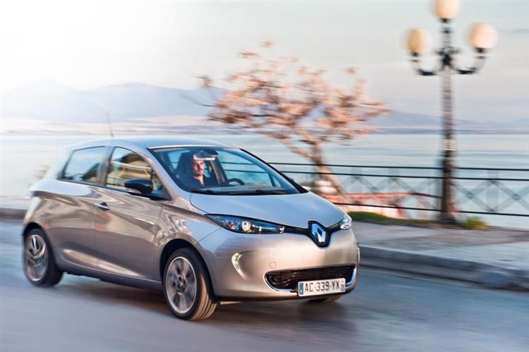 renault zoe vers 400 km d autonomie d ici 2020. Black Bedroom Furniture Sets. Home Design Ideas