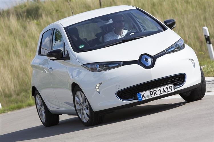 renault zoe vers une autonomie de 320 km en option. Black Bedroom Furniture Sets. Home Design Ideas