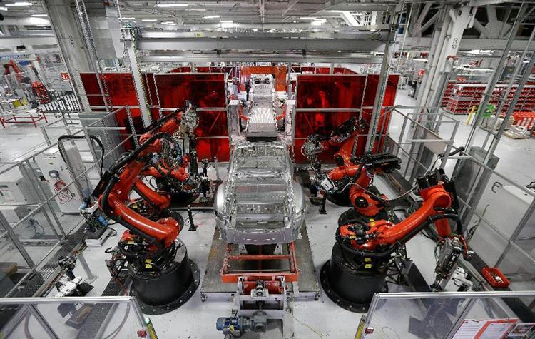 Sous le coup de revendications salariales, la filiale Tesla Advanced Automation pourrait retarder la mise en production de la Model 3