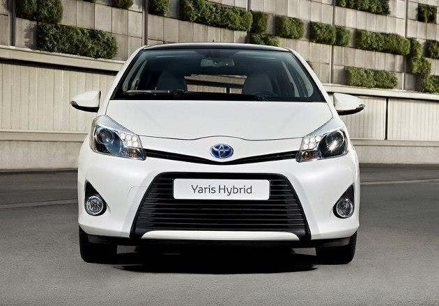 toyota yaris hybride en t te des ventes 2013. Black Bedroom Furniture Sets. Home Design Ideas