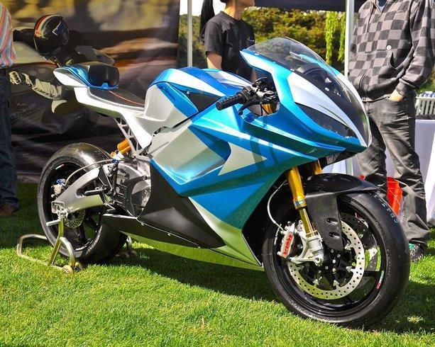 moto lightning ls 218 lectrique 352 km h photos. Black Bedroom Furniture Sets. Home Design Ideas