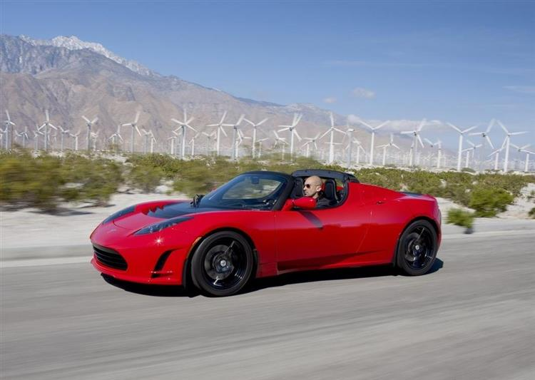 tesla roadster 3 0 nouvelle autonomie de 640 km. Black Bedroom Furniture Sets. Home Design Ideas