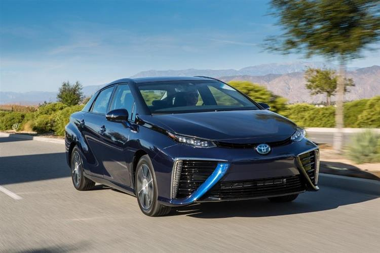 toyota mirai la voiture hydrog ne se vend bien au japon. Black Bedroom Furniture Sets. Home Design Ideas