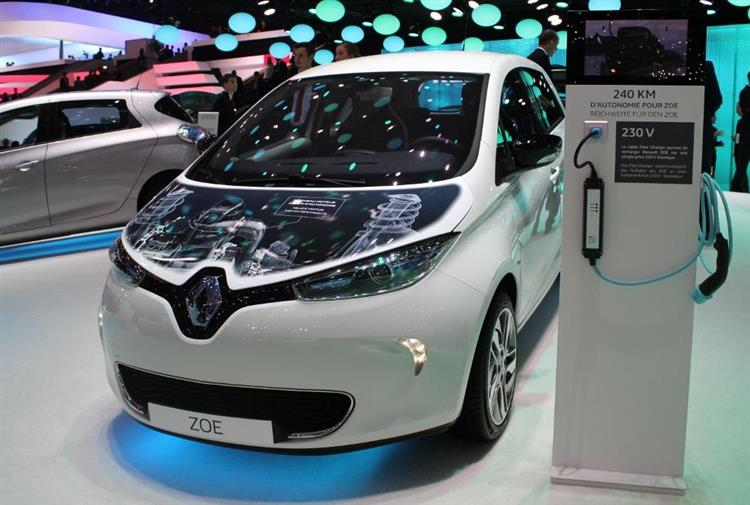 nouvelle renault zoe plus d autonomie mais pas de charge rapide. Black Bedroom Furniture Sets. Home Design Ideas