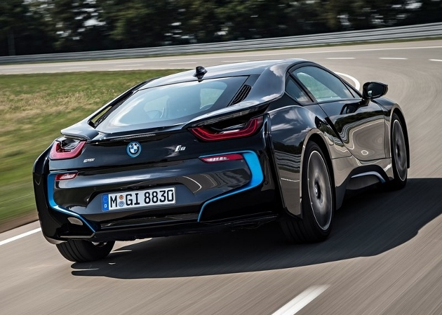 bmw i8 une consommation r elle inf rieure 8l 100 km. Black Bedroom Furniture Sets. Home Design Ideas