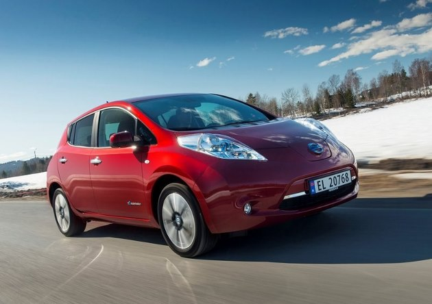 nissan leaf le remplacement de la batterie co te 4 000 euros aux usa. Black Bedroom Furniture Sets. Home Design Ideas