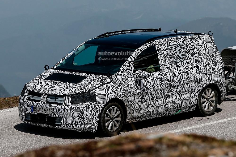 volkswagen touran 2015 l 39 hybride rechargeable en pr paration. Black Bedroom Furniture Sets. Home Design Ideas