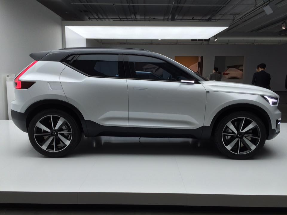 volvo xc40 un suv compact et hybride enfin photos. Black Bedroom Furniture Sets. Home Design Ideas