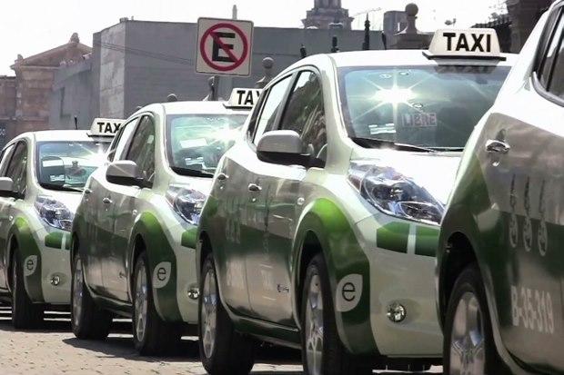 Nissan LEAF Taxis électriques