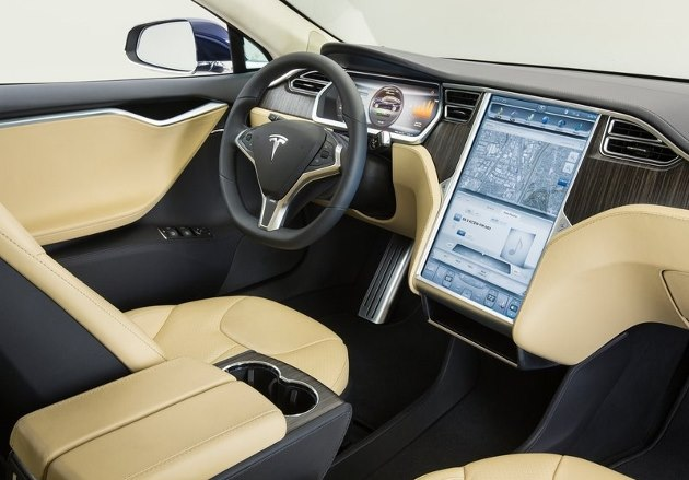 Tesla model s les prix les performances l autonomie for Interieur tesla model s