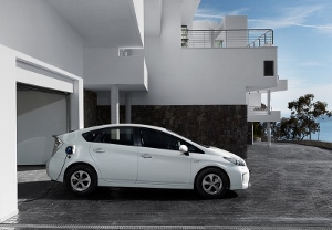Recharge Toyota Prius rechargeable
